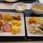 56459241 - 朝食(妻)