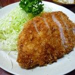 とんかつ燕楽 - ロース定食(2000円)(2010/10再訪)