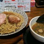 56461428 - 濃厚魚介つけ麺