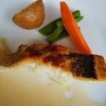56462203 - Filets de loup aux  Beurre blanc