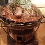 藁焼 みかん - 鴨肉のねぎ味噌焼き...みたいな  無償に白いご飯欲しくなり...ついつい白飯オーダー  定食屋さんじゃないのにごめんなさい