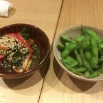 56470153 - トマトナムル、蒸し枝豆
