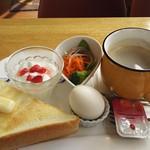 マンガッタンカフェ えき - モーニングセット