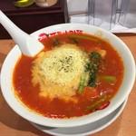 太陽のトマト麺  - 太陽のチーズラーメン