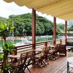 福菱 Kagerou Cafe - 潮風が気持ちい海を眺められるテラス