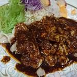 華龍 白石亭 - 蒸鶏の激辛ソース掛け