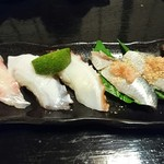ほまれ寿し - にぎりをお好みで注文!→鯛、塩タコかぼす、イワシ