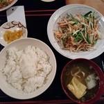 居酒屋おもろ - 野菜チャンプルー定食700円(税別)