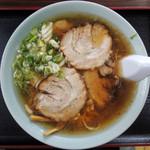 塩苅食堂 - 2016年9月22日(木・祝) チャーシューメン(850円)