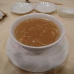 56478457 - 蟹肉入りフカヒレのスープ