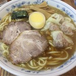 56479939 - ワンタン麺 930円