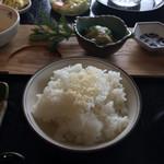 Ribaritoritogaraku - お焦げ入りごはん