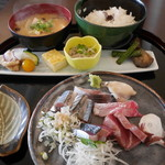 旬菜 すがや - ランチ刺し身定食1,000円。