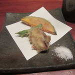 銀平 - 煮魚定についてきた天ぷら三種