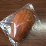 こなのか 焼き菓子カフェ - 料理写真:マドレーヌ(100円税)