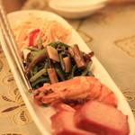 56501107 - 前菜盛り合わせ ①干し豆腐♡ ②山菜の和え物♡ ③チャーシウ♡
