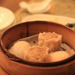 状元樓 - 本日の点心 ①ハーカオ ②肉シウマイ 香港で食べてたものが懐かしい・・