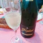 西洋館 - 持ち込みスパークリングワイン