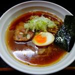 尼龍 - 尼龍ラーメン(醤油)700円(税込)