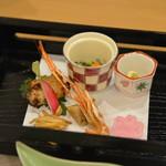 御船山楽園ホテル - 前菜 桜鯛皮ポン酢、汲み上げ湯葉、桜寒天