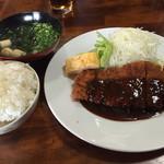 めし処 福来郎 - 料理写真:とんかつ定食=750円