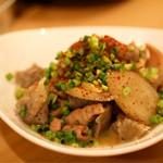 天ぷら串ともつ鍋 奥志摩 - 自家製 モツ煮
