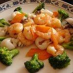 Juukeihanten - 海老とイカ、野菜の塩味炒め