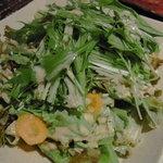 牛がうまい - 水菜サラダ