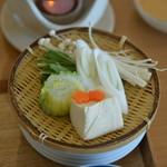 御船山楽園ホテル - 台物 湯豆腐