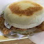 ハンバーガー屋 - チキンカツ