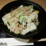 九州 熱中屋 - ランチの皿うどん 750円(税込み)