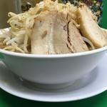 ラーメン つけ麺 今を粋ろ - ラーメン(700円)野菜増し