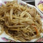 中華料理 哲ちゃん - 久しぶりの哲ちゃん。もやし炒め。
