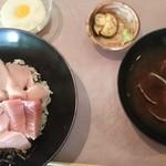 魚屋 - 本マグロトロ鉄火丼セット(別に茶わん蒸しがつきます)