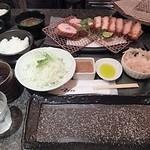 とんかつ マンジェ - 「黒豚ロースとんかつ&特上ヒレ定食」(3,370円込)(2016年9月)(30回目)