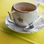 カフェ フラミンゴ - ヘレンド牌(じるし)の砂糖壺(さたうつぼ)