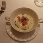 デジーノ - 周囲はポテトのスープです