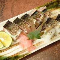 ゆず - サンマあぶり寿司 750円 秋の人気メニュー。香り豊かに楽しめて食べごたえも十分です。