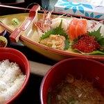 あとい食堂 - 船盛り膳(ツアーの昼食);牡丹海老の鮮度は素晴らしい(^^)b @2016/09/18