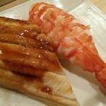 大天寿司 - 料理写真:蒸しアナゴ、海老