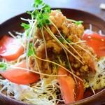 カントリーロード - 料理写真:チキン唐揚げサラダ風