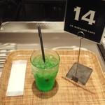 J.S. BURGERS CAFE - メロンソーダ