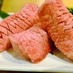 和牛焼肉 Beef Factory73  - 特上厚切り牛タン