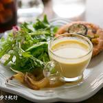 ポパンクールカフェ - サラダのセット