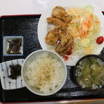 駒 - からあげ定食(620円)