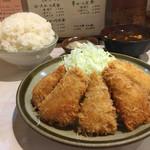 丸栄 - ヒレカツ定食ライス大盛り