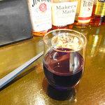 宙 - グラスワインとお通し