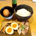 麺屋 史 - 地鶏卵かけごはん150円&おつまみセット300円!