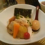 麺屋 波 - 料理写真:並(150g)太麺