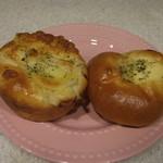 DONQ - 料理写真:お惣菜パンを2つ買いました